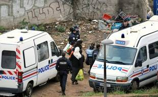 Expulsion des Roms du bidonville de la rue Paul-Bert à Lyon mercredi 3 novembre.