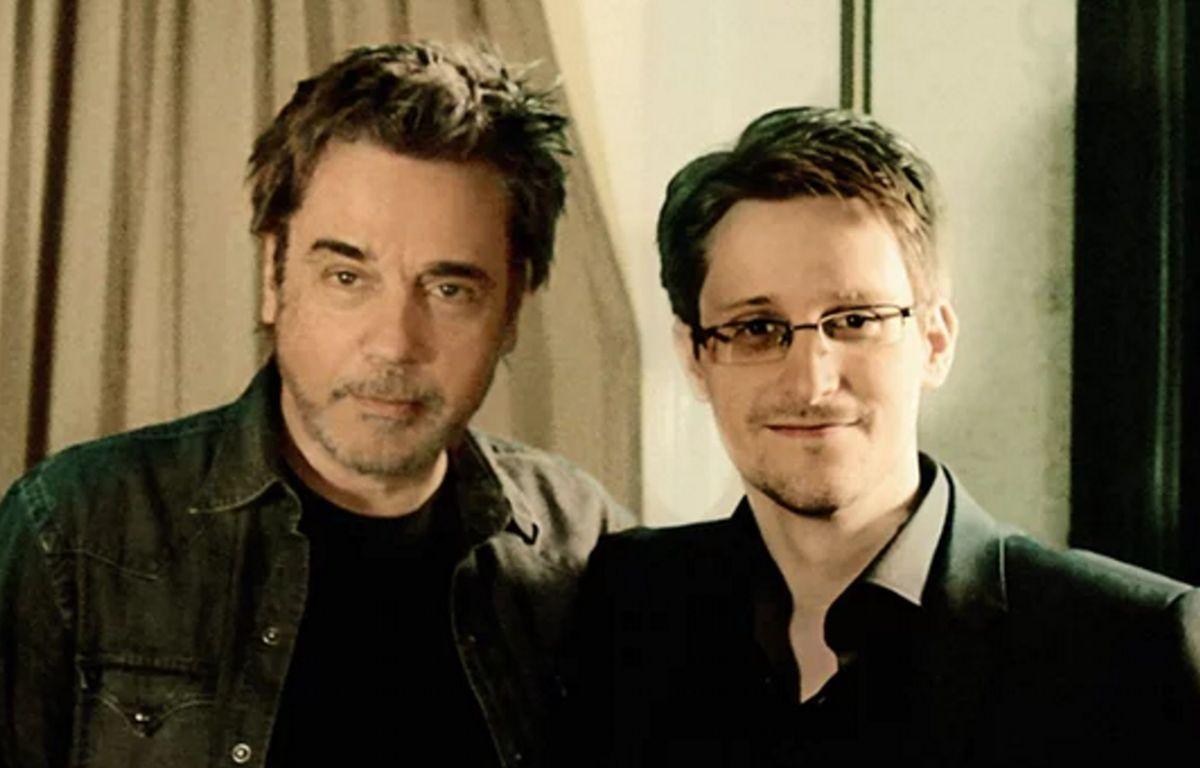 Jean Michel Jarre et Edward Snowden dans une vidéo promotionnelle du «Guardian» le 15 avril 2016. – The Guardian