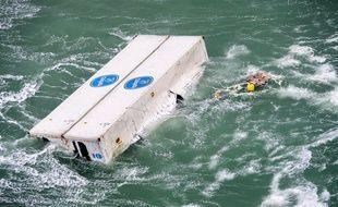 Une balise a été accrochée sur deux containers pour suivre leur parcours.
