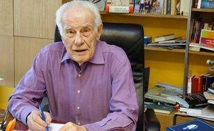 L'humoriste Jean Amadou est mort le 23 octobre 2011.