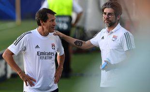 Rudi Garcia et Juninho, ici le 6 août 2020 à Turin avant le 8e de finale retour de Ligue des champions contre la Juventus. Miguel MEDINA
