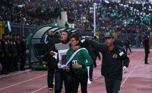 La justice égyptienne a condamné à mort samedi 21 personnes accusées d'être impliquées dans les violences ayant fait 74 morts l'an dernier après un match de football à Port-Saïd (nord-est).