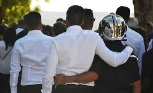 Près d'un millier de personnes ont salué la mémoire de Jérémy.