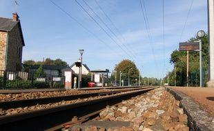 Les voies ferrées, ici en gare de Saint-Médard-sur-Ille, où une collision entre un TER et un poids lourd avait fait trois morts en octobre 2011.