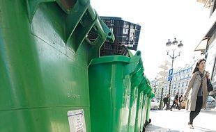 Les déchets ménagers sont recyclés .