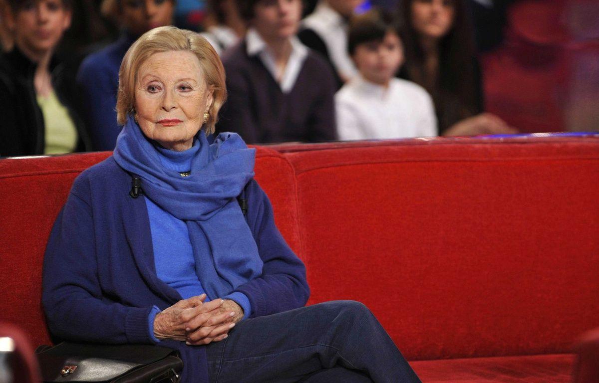 La comédienne Michèle Morgan sur le plateau de «Vivement Dimanche» en 2009 – BENAROCH/SIPA