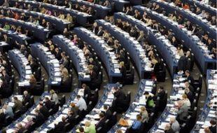 Le Parlement de Strasbourg vote notamment le budget et contrôle la Commission.