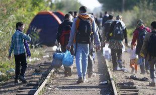 Des migrants en Hongrie le 9 septembre 2015.AP Photo/Matthias Schrader.
