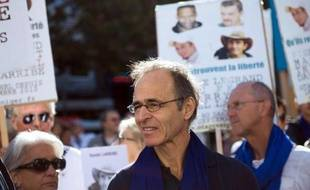 Le chanteur-auteur-compositeur Jean-Jacques Goldman reste la personnalité préférée des Français selon la dernière livraison d'un sondage réalisé deux fois l'an par l'Ifop pour le Journal du Dimanche.