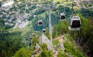 Le vertigineux point de vue des coureurs, depuis l'arrivée du kilomètre vertical au-dessus de Chamonix.