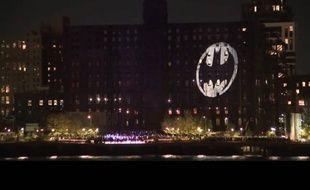 Le bat-signal, à New York