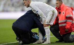 Eden Hazard sort sur blessure lors de Real Madrid-PSG en Ligue des champions, le 26 novembre 2019.