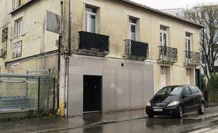 La discothèque se trouve boulevard Gustave-Roch, sur l'île de Nantes.