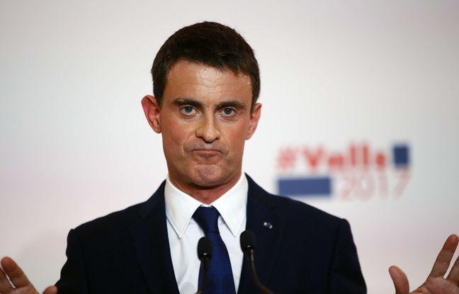 Manuel Valls le 3 janvier 2017 à la Maison de la Chimie, à Paris.