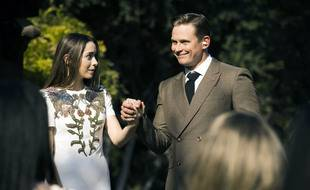 Cristin Milioti et Billy Magnussen dans la série Made for love.