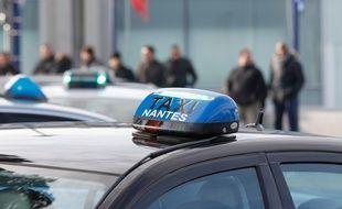 Un taxi circulant à Nantes (illustration).