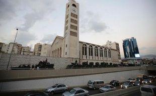 L'armée libanaise a commencé lundi son déploiement dans la banlieue sud de Beyrouth en vertu d'un accord avec le Hezbollah selon lequel elle doit contrôler les entrées de ce fief du mouvement chiite.
