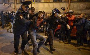 Une soixantaine de personnes ont été arrêtées en Russie à la suite d'une manifestation, le 7 octobre 2017.