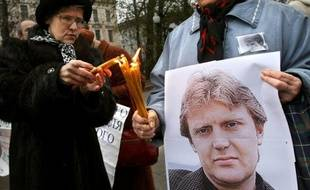 L'opposant et ex-agent du FSB russe Alexandre Litvinenko est mort en 2006 mort à Londres empoisonné au polonium.