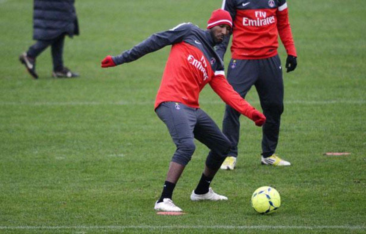 L'attaquant Nicolas Anelka, lors d'un entraînement avec le PSG, le 10 janvier 2013. – L.Bonaventure/AFP