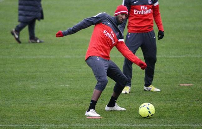 L'attaquant Nicolas Anelka, lors d'un entraînement avec le PSG, le 10 janvier 2013.