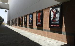 Le report de nombreux blockbusters fait souffler un vent de déprime sur la saison cinématographique à venir.