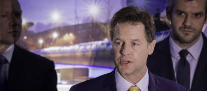 Le chef des libéraux-démocrates Nick Clegg s'exprime à Sheffield le 8 mai 2015