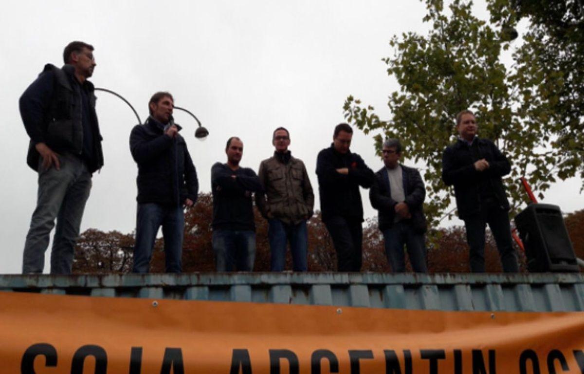 Une délégation d'agriculteurs de la FNSEA et des Jeunes Agriculteurs ont été reçu ce vendredi matin par l'Elysée. – F. Pouliquen/20minutes