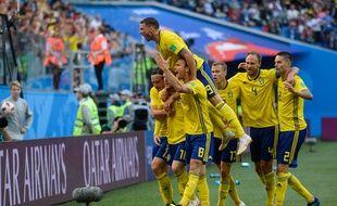 Les Suédois ouvrent le score en 8es face à la Suisse.