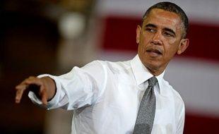 La cote de popularité du président américain Barack Obama s'est maintenue cette semaine au-dessus de 50%, selon un sondage CNN publié dimanche, malgré les trois polémiques impliquant son administration.