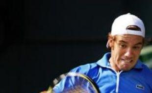 Le Français Richard Gasquet, tête de série N.3, n'a rien pu faire face à l'Espagnol David Ferrer (N.1), qui a remporté facilement en deux sets 6-1, 6-2, la finale du tournoi de tennis de Tokyo dimanche.