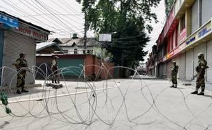 A Srinagar, une des capitales de l'Etat, les contrôles policiers sont très fréquents.