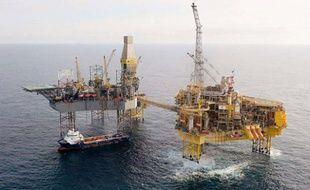 Photographie non datée dela plate-forme d'Elgin, au large de l'Ecosse, appartenant à Total, où une importante fuite de gaz est survenue le 25 mars 2012.