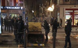 Des heurts ont éclaté en marge d'une manifestation contre le mal-logement, le 9 novembre 2019 à Marseille.