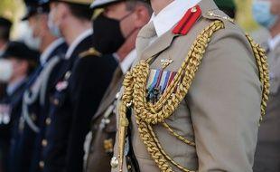 Décorations militaires lors d'une commémoration de la bataille d'Angleterre, à Paris, le 16 septembre 2020.