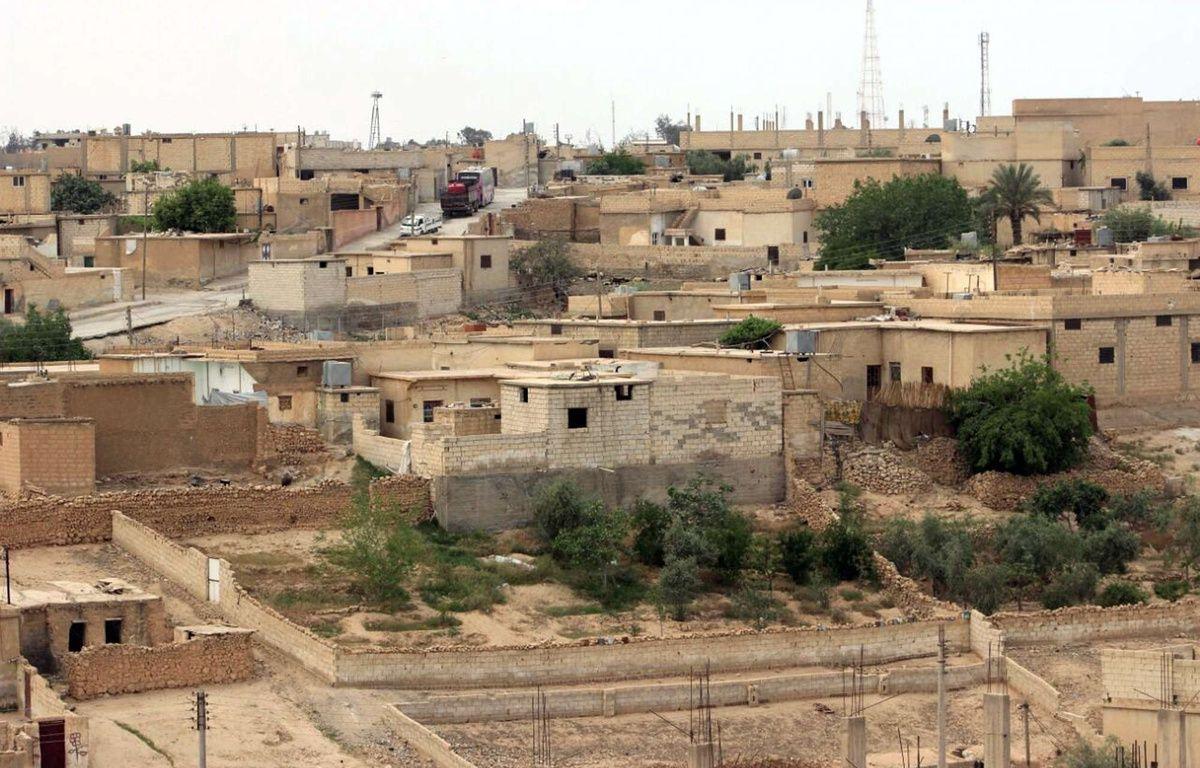 Les djihadistes de l'Etat Islamique sont en passe de perdre la ville de Tabqa en Syrie, une importante base de commandement sur la route de leur fief : Raqqa. –  Uncredited/AP/SIPA