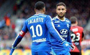Alexandre Lacazette et Nabil Fekir ont de bonnes chances d'obtenir le trophée du meilleur joueur de L1 et celui du meilleur espoir du championnat.