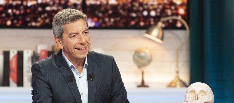 Michel Cymes à la tête d'un nouveau programme court sur France Télé