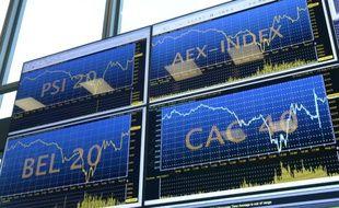 La société de gestion d'actifs française Amundi a donné mercredi le coup d'envoi de son introduction en Bourse à Paris