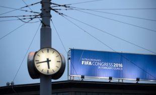Affiche annonçant le congrès de la Fifa à Zurich (Suisse).