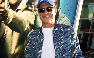L'acteur Jean-Claude Van Damme à la première de Keanu à Los Angeles