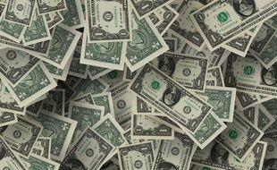 Billets de dollars. Image d'illustration.