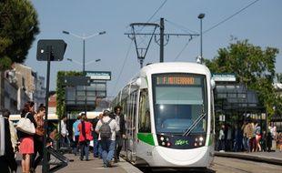 NANTES, le 04/06/2013 Un tram de la TAN