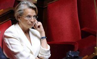 L'ancienne ministre Michèle Alliot-Marie (UMP) a déclaré samedi, lors d'une conférence de presse à Biarritz, sa candidature aux législatives dans la sixième circonscription des Pyrénées-Atlantiques, où elle a été élue député pour la première fois en 1997.