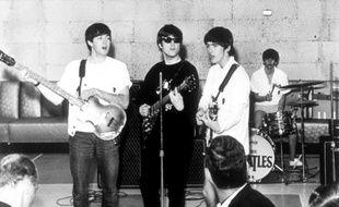 John Lennon, George Harrison, Paul McCartney et Ringo Starr des Beatles.