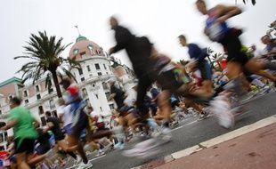 Le marathon Nice-Cannes, le 8 novembre 2008.