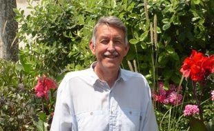 Steve Jackson, conseiller municipal à Albi, dans le Tarn, est désormais franco-britannique.