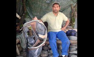 Valise retrouvée à proximité du lieu de découverte du débris d'avion à La Réunion.
