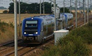 Le trafic SNCF en Auvergne a été perturbé vendredi en raison d'un mouvement de solidarité à l'égard d'une contrôleuse qui a été violée jeudi soir sur la ligne TER reliant le Puy-en-Velay à Saint-Etienne, a-t-on appris de source judiciaire, confirmant une information du site de La Montagne.