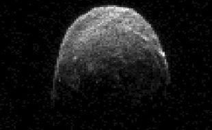 Image radar de l'astéroïde 2005 YU 55 qui va frôler la Terre dans le nuit du 8 au 9 novembre 2011.